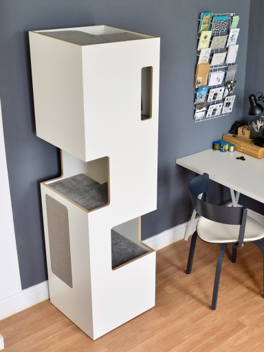 kratzbaum online shop kratzbaum empire wei sisal hellgrau. Black Bedroom Furniture Sets. Home Design Ideas